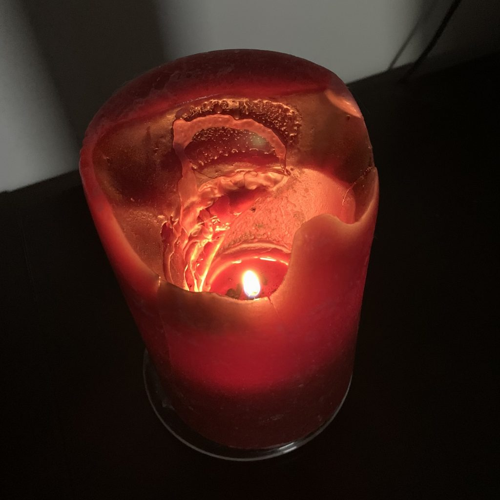 picture of a lit candle